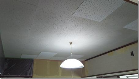 天井塗装DIY キッチンのジプトーン天井